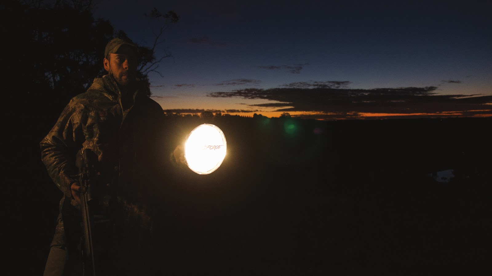 What are the best types of hunting spotlights?